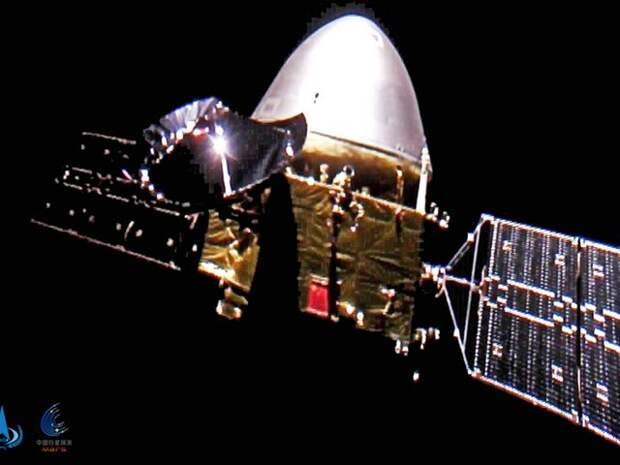 Китай впервые осуществил успешную посадку зонда на Марс