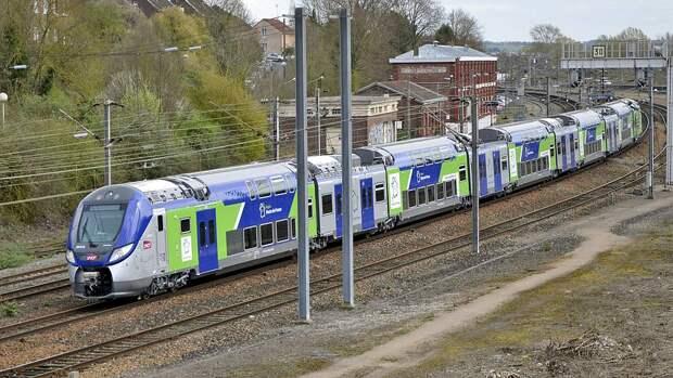 Regio2N_003XL_en_gare_de_Longueau.jpg