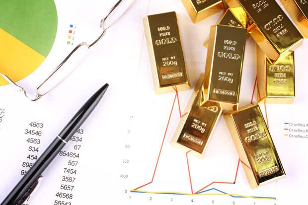 В фокусе бумаги золотодобытчиков