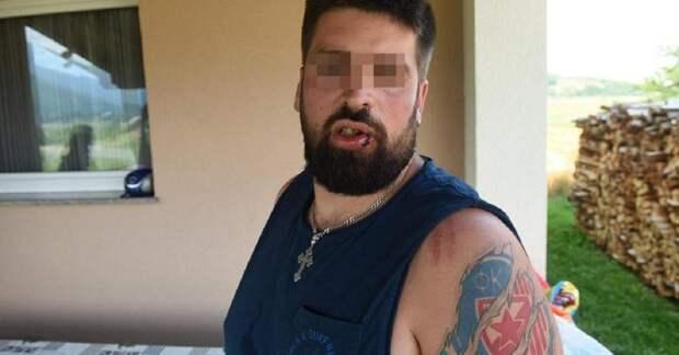 На хорватском курорте серба избили за крест, кириллицу и красную звезду