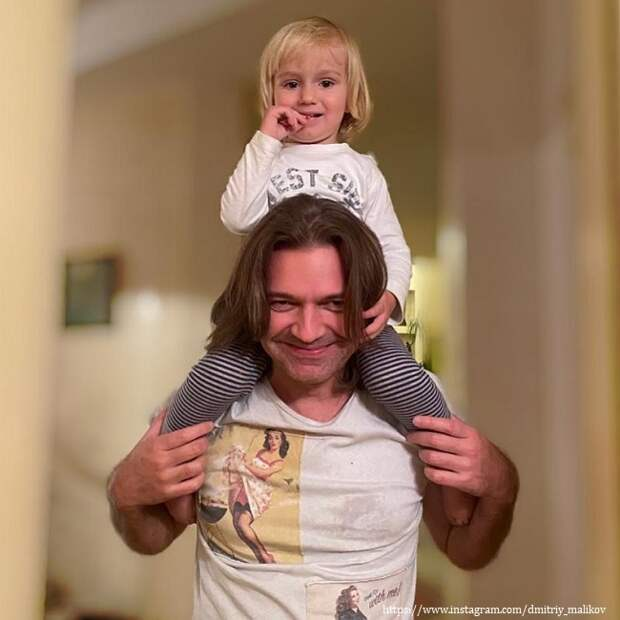 «Мужские посиделки!»: Дмитрий Маликов показал, как провел вечер с 3-летним сыном