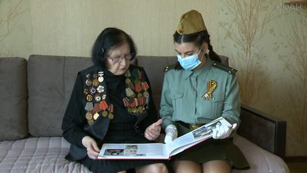 В Приморье именные поздравления президента России вручают ветеранам