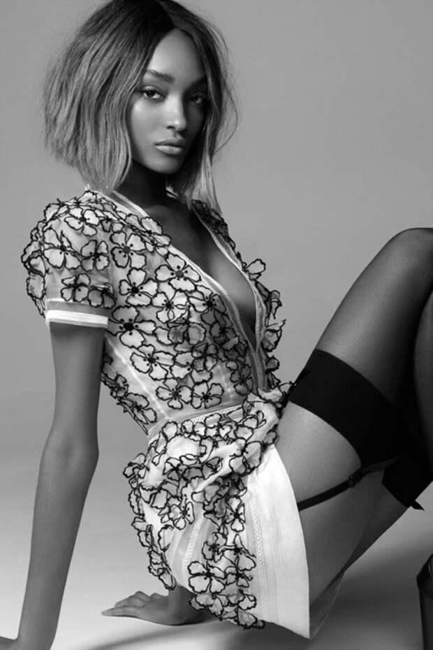 Красивая и потрясающая эротика в профессиональных фотографиях