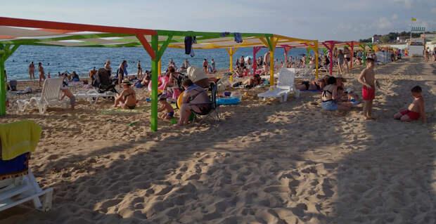 Простые советы во избежание заражения коронавирусом на пляже в Крыму
