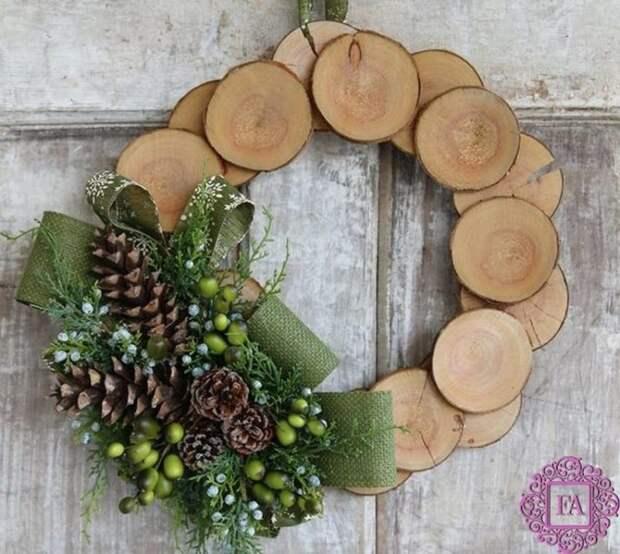Простой и изысканный декор из обыкновенных спилов дерева