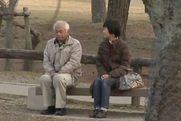 """Упрямец уровня Бог: муж не разговаривал с женой уже 20 лет, потому что """"дулся"""" на нее молчанка на 20 лет, упрямство"""