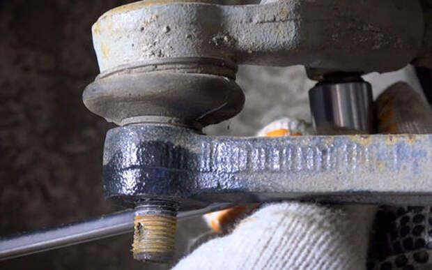 Устраняем люфт в рулевом — инструкция «За рулем»