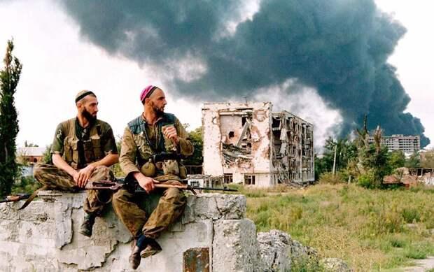Договор с дьяволом: что связывало Бориса Березовского и лидеров чеченских боевиков
