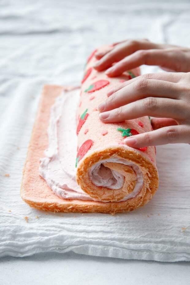 Бисквит с декором DIY
