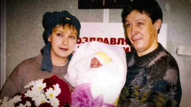 Почему дочь Михаила Ефремова называет себя «человеком без пола»