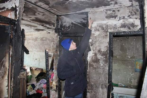 15-летний школьник вытащил из пожара всю семью, а сестру-колясочницу нес на руках герои, пожар, факты, школьник