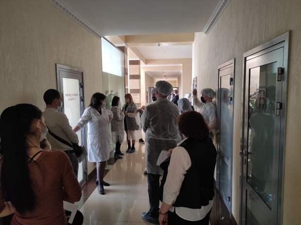 Более 3 тысяч работников отелей и санаториев Крыма вакцинировались от коронавируса