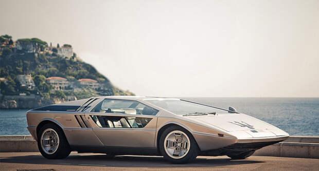Maserati Boomerang – концепт-кар от знаменитого Джорджетто Джуджаро.