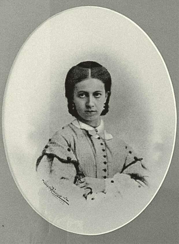Софья Андреевна Берс, в замужестве - графиня Толстая.