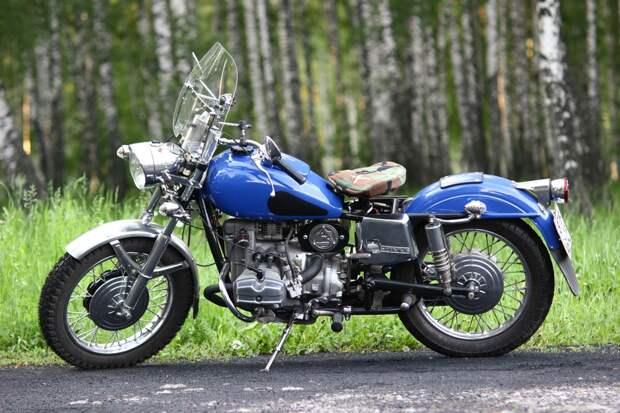 В Тверской области мотоциклист сломал ногу в аварии