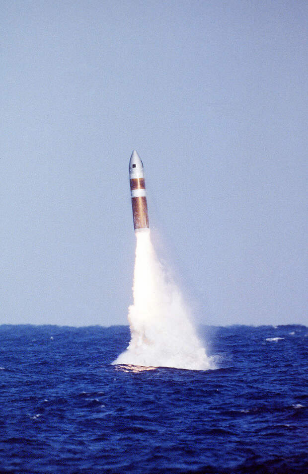Poseidon C-3 SLBM.jpg