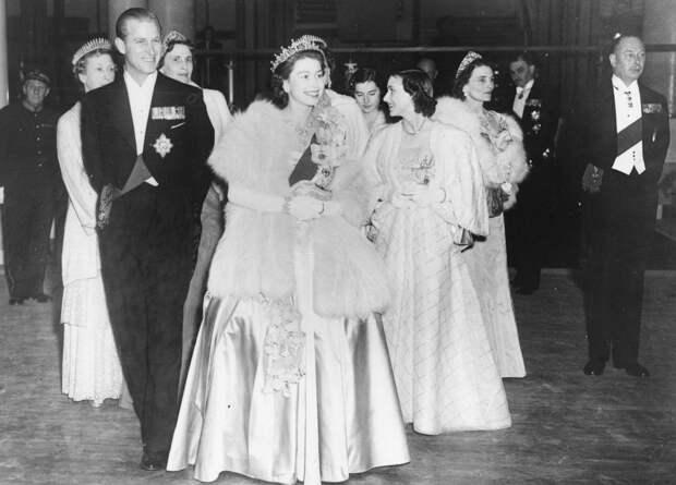 Что скрывал идеальный брак принца Филиппа и королевы Елизаветы II
