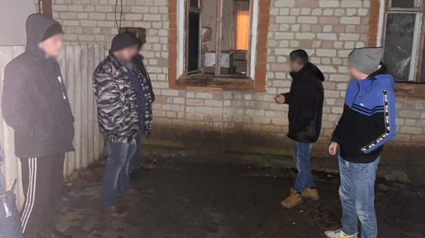 Троих подростков задержали вРостовской области законтрабанду сигарет на3,6млн руб