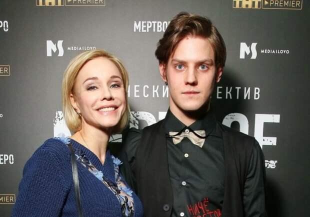 Зудина призналась, почему Павел Табаков отказывается называть её мамой
