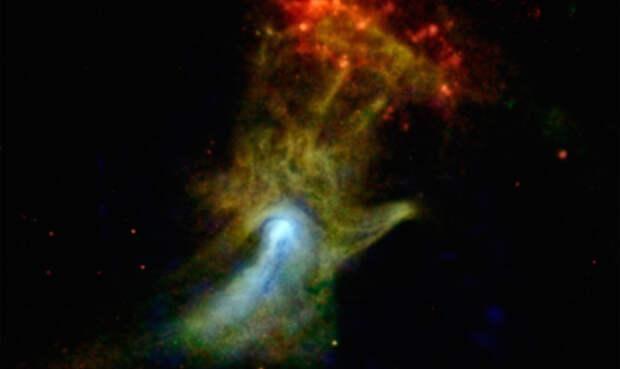 Рука Господа Специалисты из NASA опрометчиво передали этот снимок в пресс-службу. Публикация вызвала целый ряд религиозных беспорядков: люди утверждали, что телескоп снял самую настоящую руку господа. На самом же деле, перед нами спектральная фотография взорвавшейся сверхновой звезды.