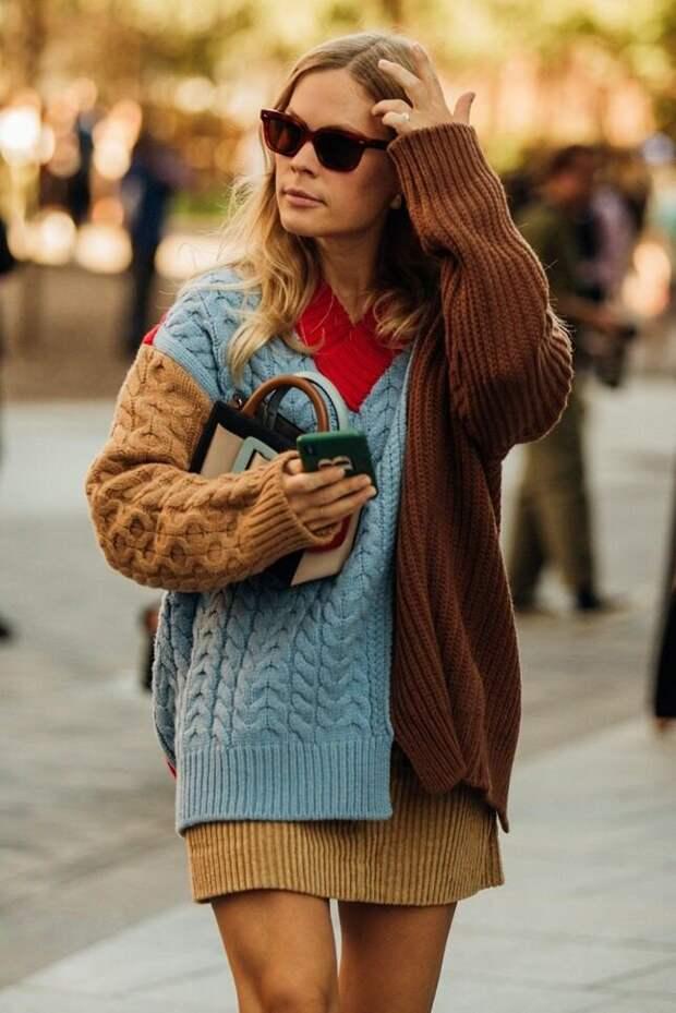 Разноцветный свитер – прекрасный вариант для творческих особ. /Фото: i.pinimg.com