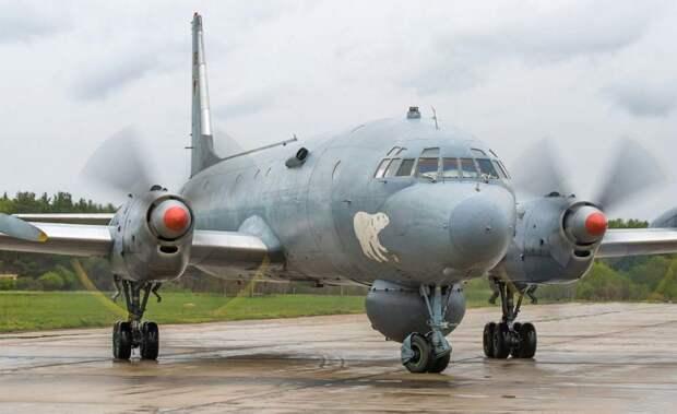 Ил-38: советский охотник за подводными лодками