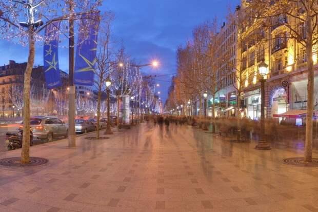 https://img2.10bestmedia.com/Images/Photos/335047/p-Champs-Elysees-Paris-Wikimedia-Commons_54_990x660.jpg