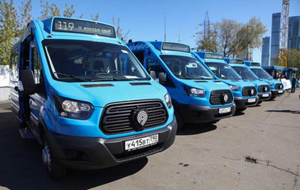В Москве коммерческие перевозчики выходят на автобусные маршруты