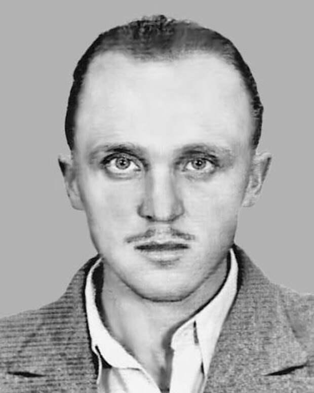 Мыкола Лебедь (псевдонимы – «Чёрт», «Скиба», «Ярополк») в 1930-е годы начинал как террорист