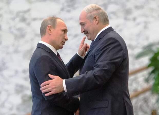 Политолог рассказал, что ожидает Беларусь в случае продолжения антироссийской политики