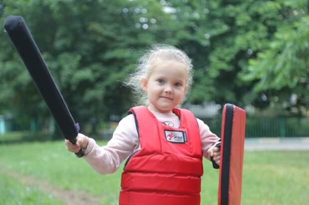 Малышка из Печатников стала призёром турнира по мечевому бою