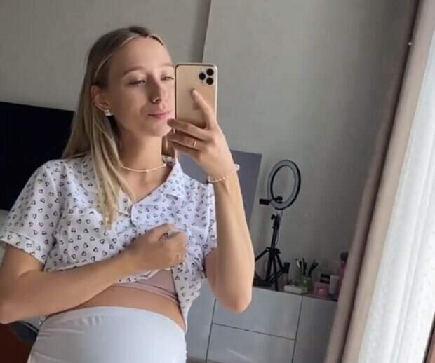 """Беременная жена Виктора Павлика сильно удивила звездного мужа после прогулки: """"Ничо се, я тронутый"""""""