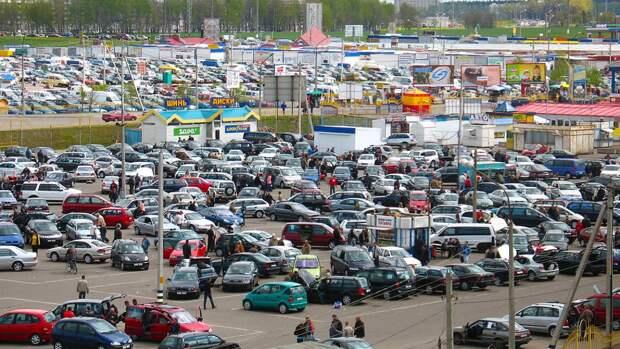 Названы главные правила при покупке подержанного автомобиля