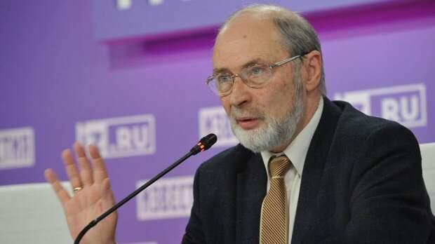 Вильфанд пообещал россиянам теплое лето