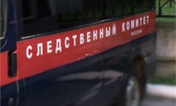 Глава Михайловского сельского поселения Тужинского района присвоил 80 тысяч рублей