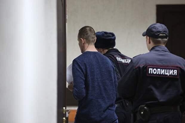 Baza: ограбивший экс-жену Дерипаски заявил, что полицейские отняли у него часть наживы