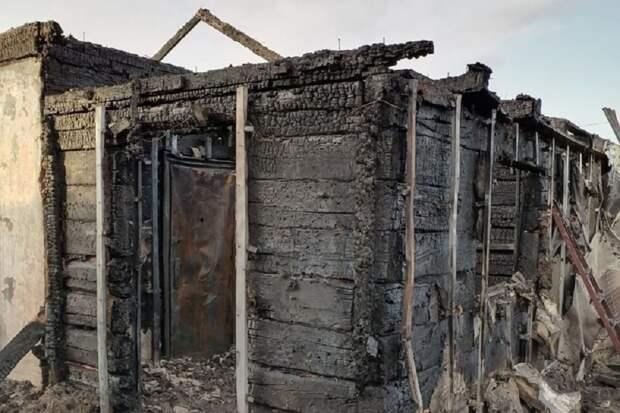 Жилой дом сгорел от пала травы в Уссурийске