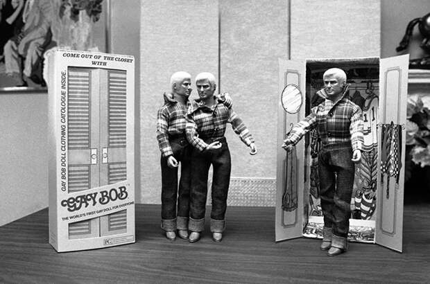 Фотография куклы в 1970-х.
