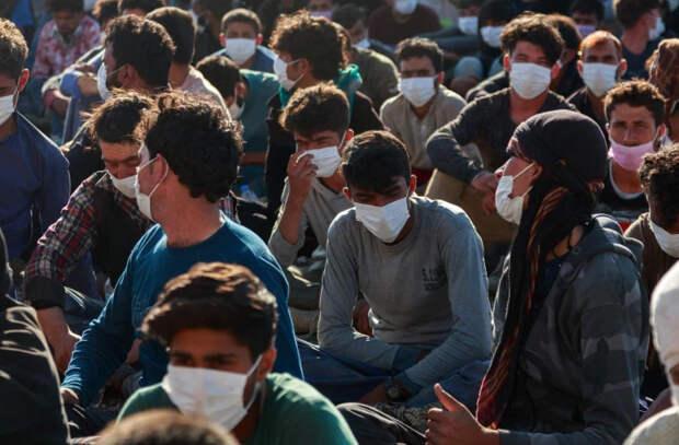 На греческом острове Самос начал работу закрытый лагерь для беженцев