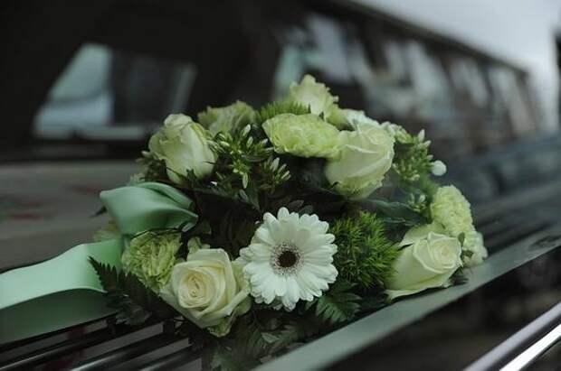 В Челябинске сотрудники полиции продавали похоронщикам сведения об умерших