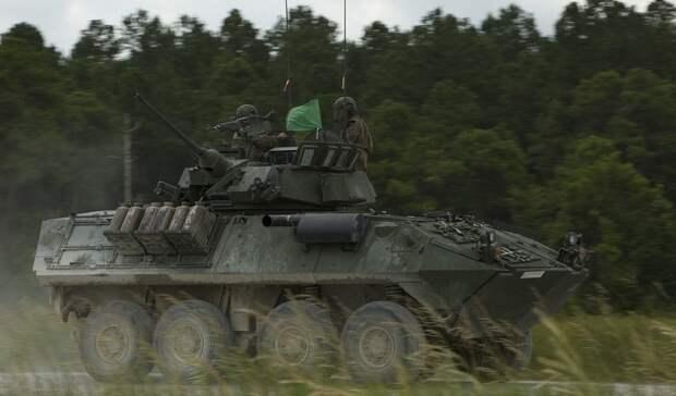 Украинские боевики стянули боевую технику кгранице сРостовской областью