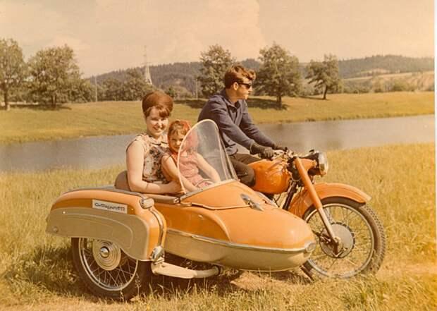 Почему после развала СССР мотоциклы стали не нужны!? И куда делись наши производители