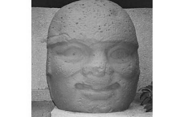 Памятник Ла-Вента 2