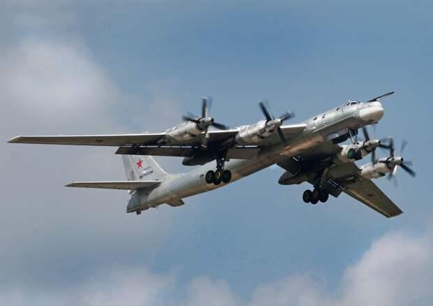 На видео запечатлен пуск остановленных в полете двигателей Ту-95
