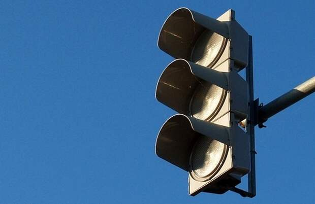 В Краснодаре отключили светофоры на перекрестке Селезнева и Ялтинской