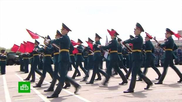 Глава Росгвардии наградил участников парада Победы