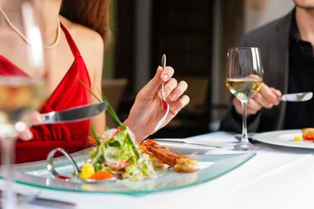 13 уловок ресторанов, которые заставляют нас раскошелиться