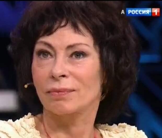 Марина Хлебникова стала похожа на анорексичку и просит по килограмму веса с друзей