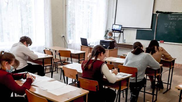 Пропускной режим ужесточат в школах Крыма после стрельбы в Казани