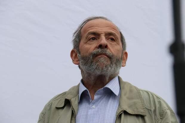 Союз журналистов России пытался оправдать домогательства депутата Вишневского к студенткам